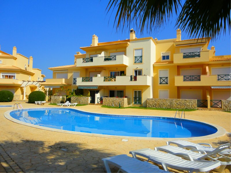 Apartment ref 8219 in Albufeira - Properties in Portugal ...